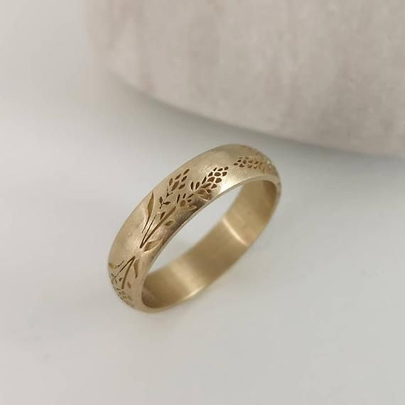 Lavender Wedding Band 14k Gold Lavender Stalk Ring For Women Engraved Flower Ring In 2020 Thick Gold Wedding Band Handmade Wedding Rings Wedding Band Engraving