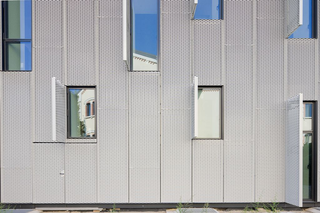 Prédio com fachada metálica – Boeri Studio | arktalk