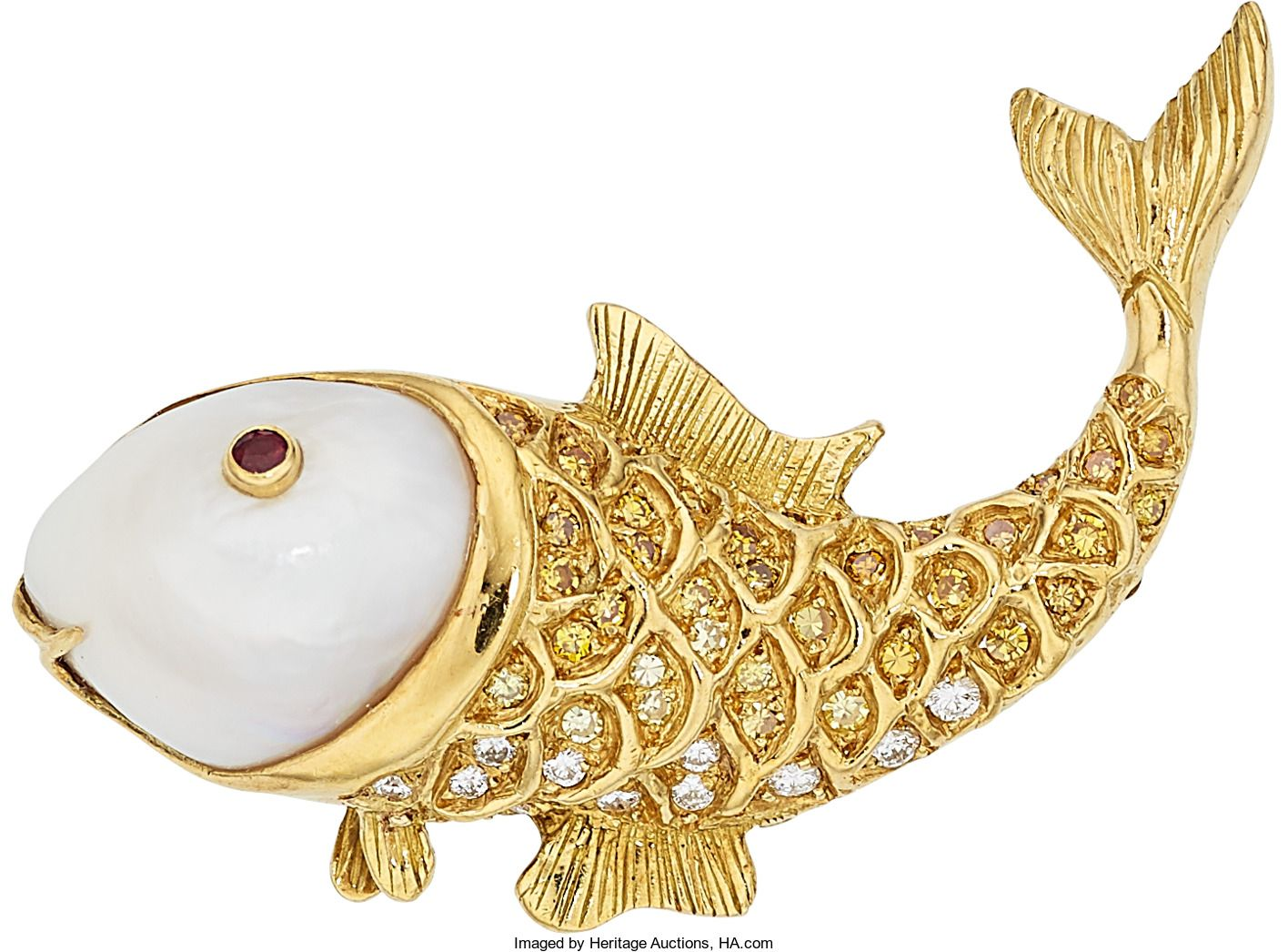The brooch features a freshwater cultured pearl enhanced by full