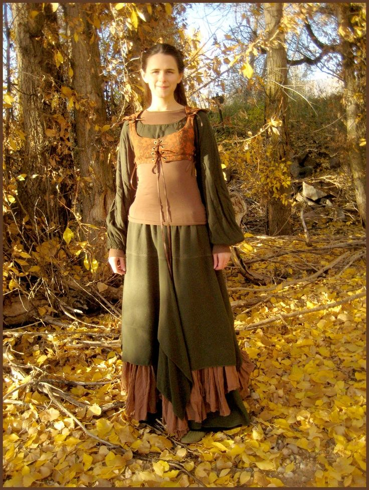 an easily pieced medieval dress: simpler, i like it. maybe make a bow to go with it? find some leather and make a quiver.