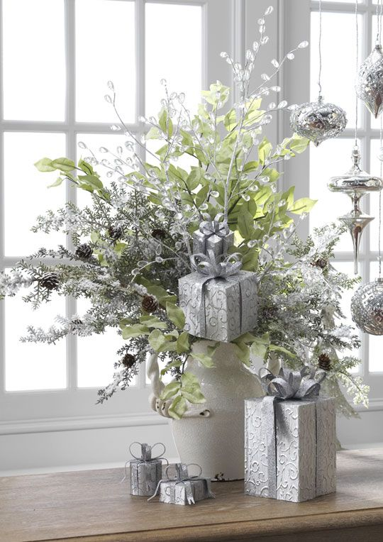 Christmas Floral Arrangement And Centerpiece Ideas Christmas Floral Arrangements Christmas Flower Arrangements Beautiful Christmas