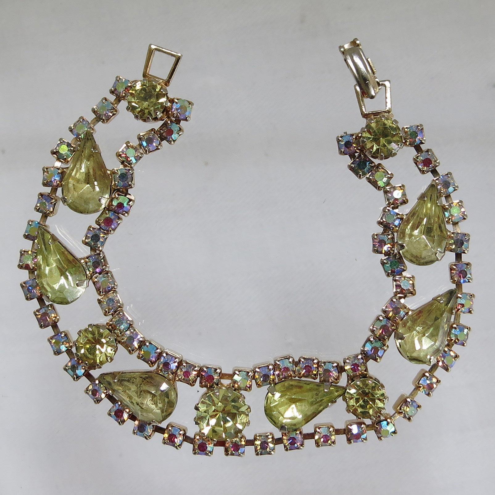 Vintage Peridot Rhinestone AB Bracelet Goldtone Aurora Borealis Unsigned Beauty