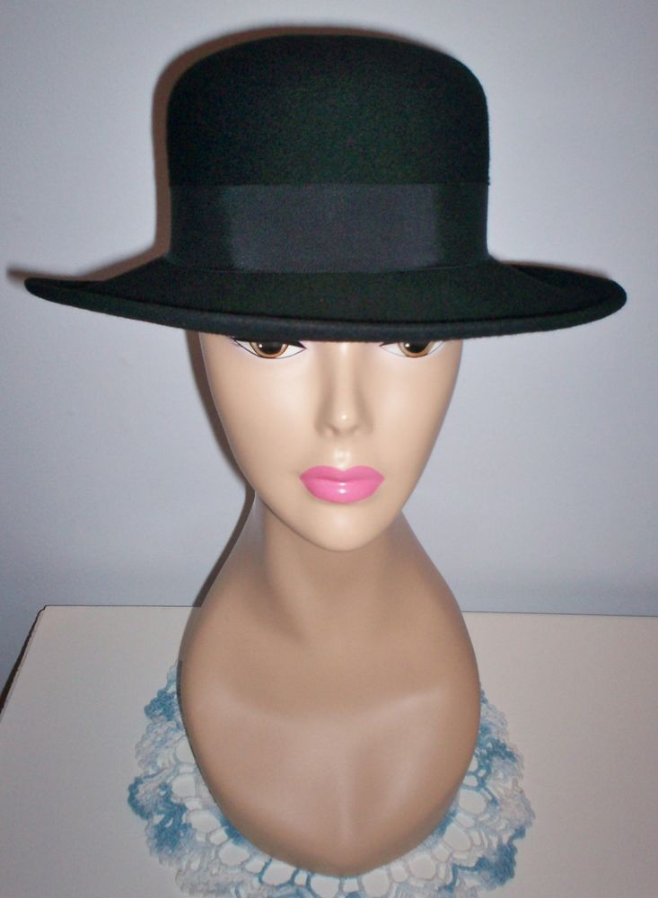 Stylish Vintage Women s Black Wool Street Smart Dress Hat Betmar Size 22  L  K!  Dress ed74b533f4c