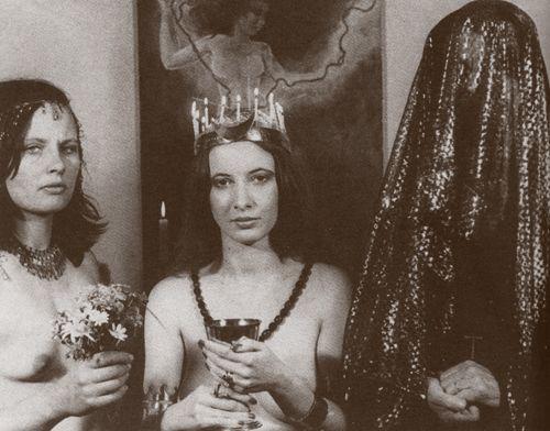 Maiden, Mother, Crone. (center: Janet Farrar)