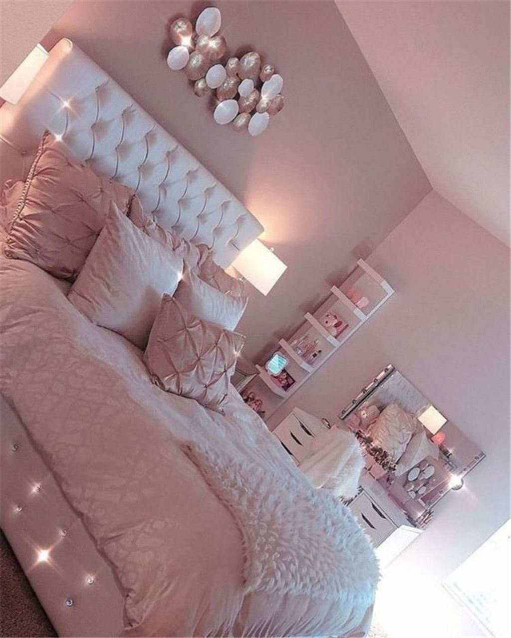 Awesome 34 Inspiring Diy Room Decor Ideas For Teens Girls More At Https Homyfeed Com 2019 04 11 34 Insp Rosa Wohnzimmer Schlafzimmer Design Wohnzimmer Dekor