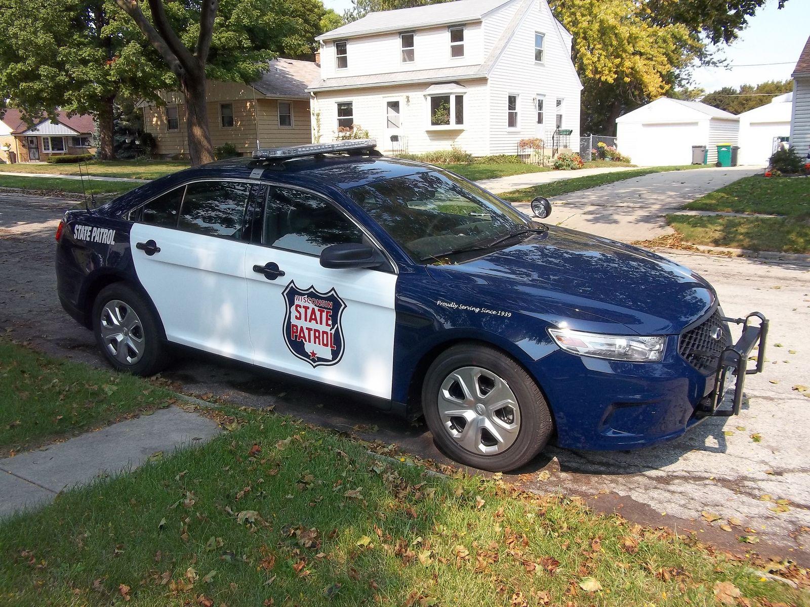 Wi State Patrol Police Cars Us Police Car Ford Police