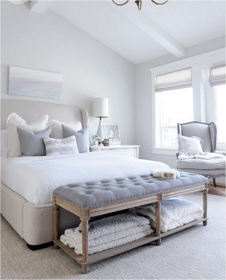 Love The Painting Above The Bed Bench At Foot Of Bed Remodel