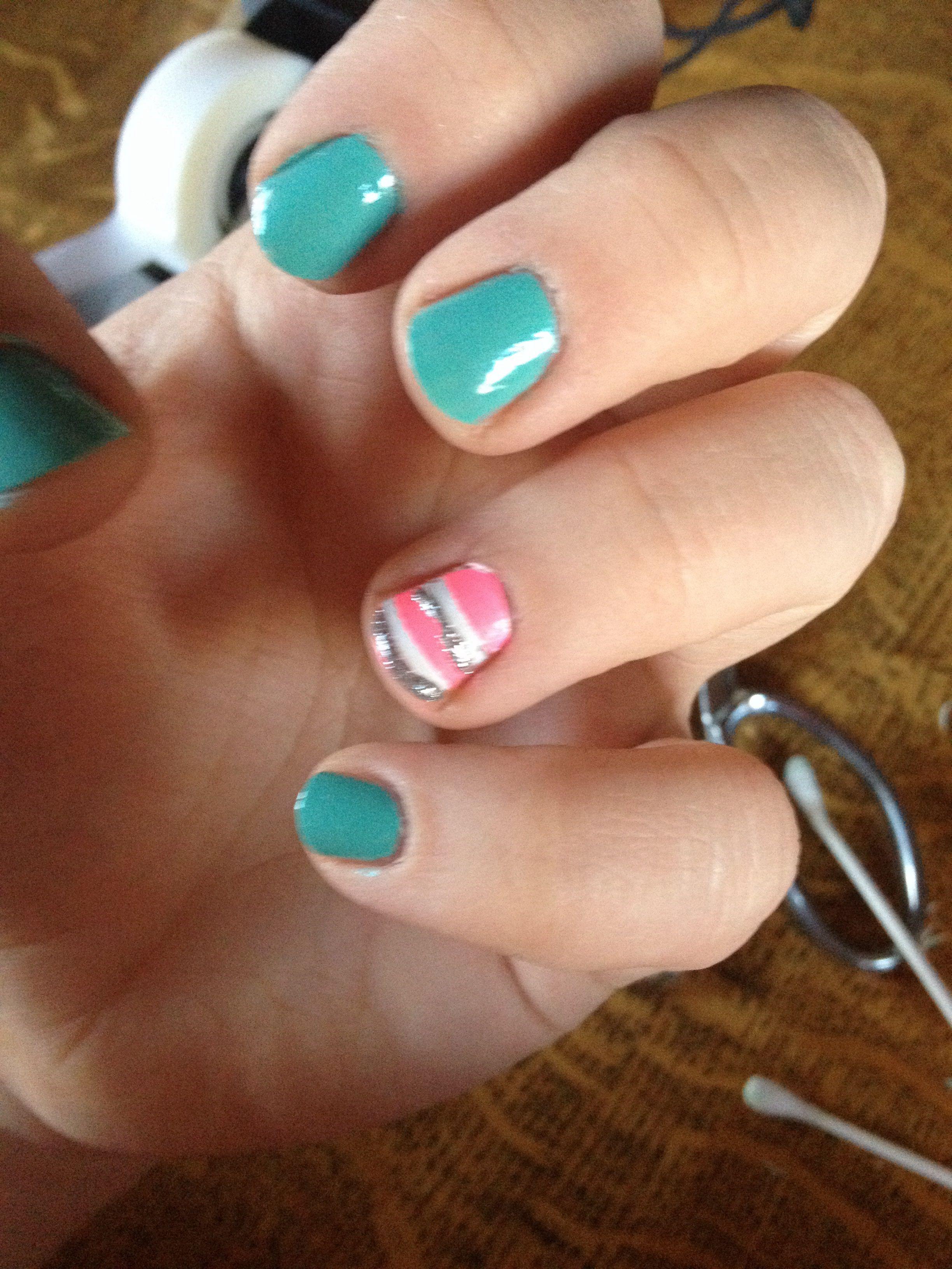 Striped nails #nails #nailart