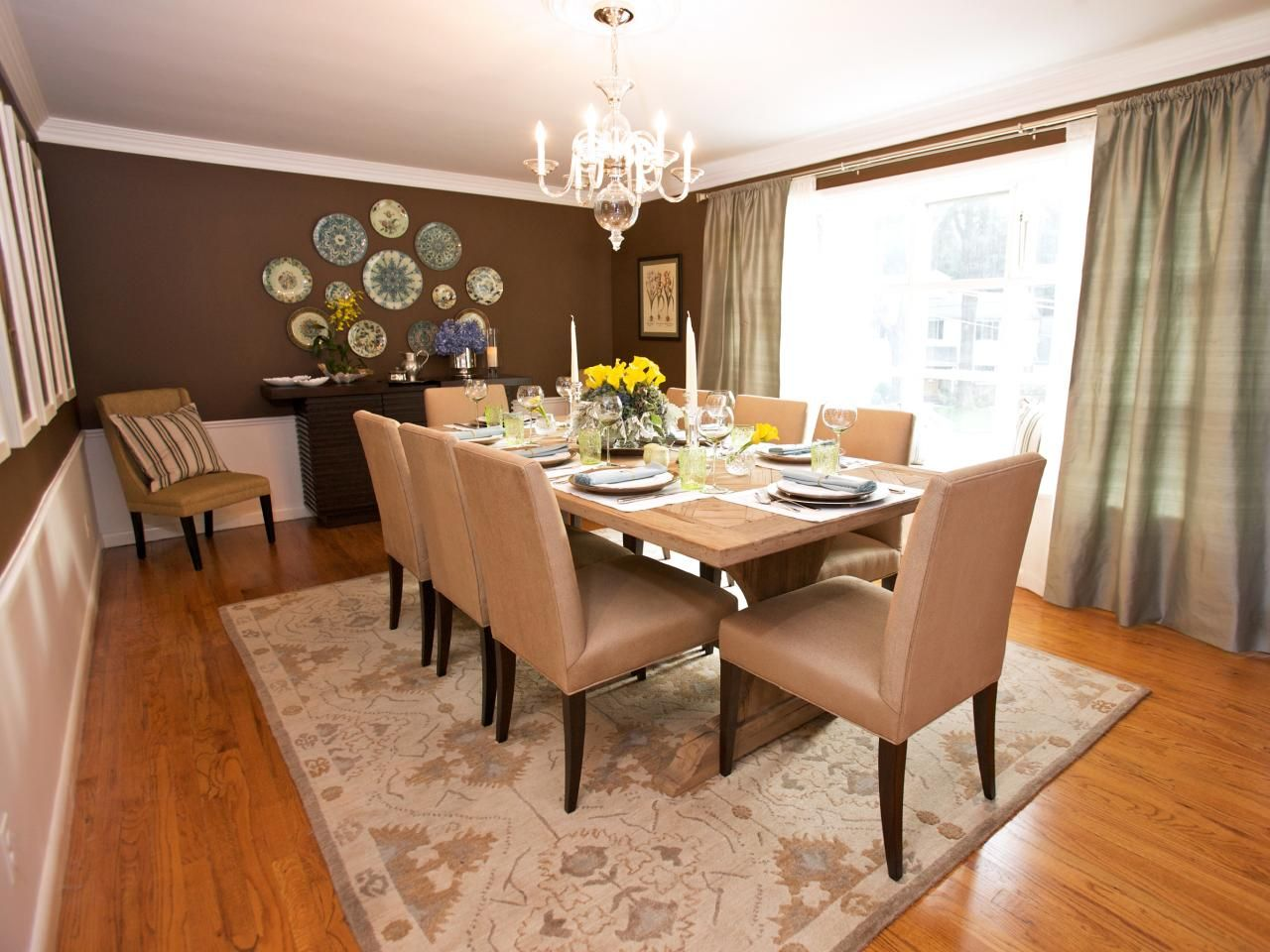 The Arrangement And Colours For The Dining Area I In The Hgtv Amusing Hgtv Dining Rooms Design Decoration