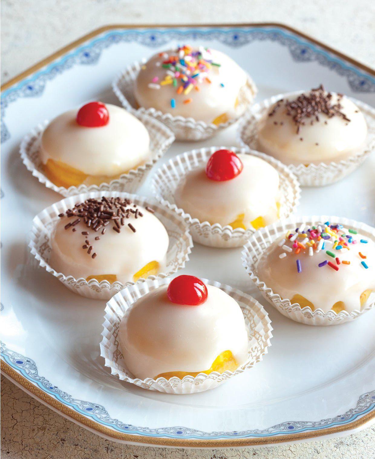 Sospiri: Tiny Italian Pastries to Celebrate Columbus Day