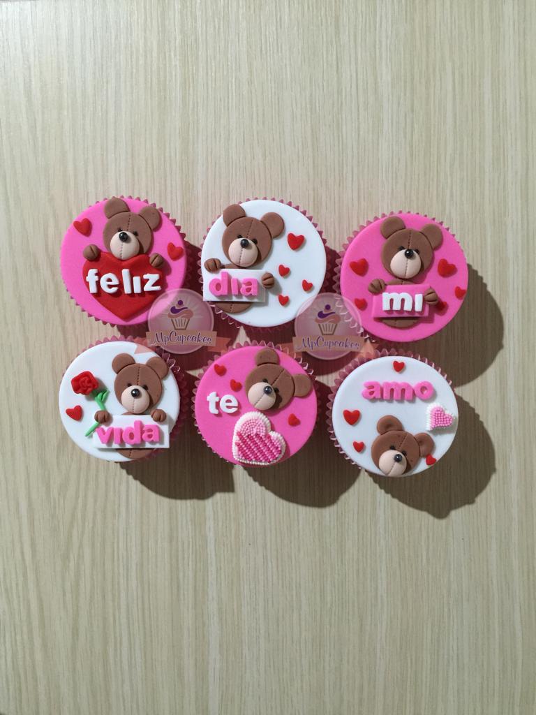 Cupcakes amor. Cupcakes ositos. Cupcakes con mensaje. Cupcakes feliz dia