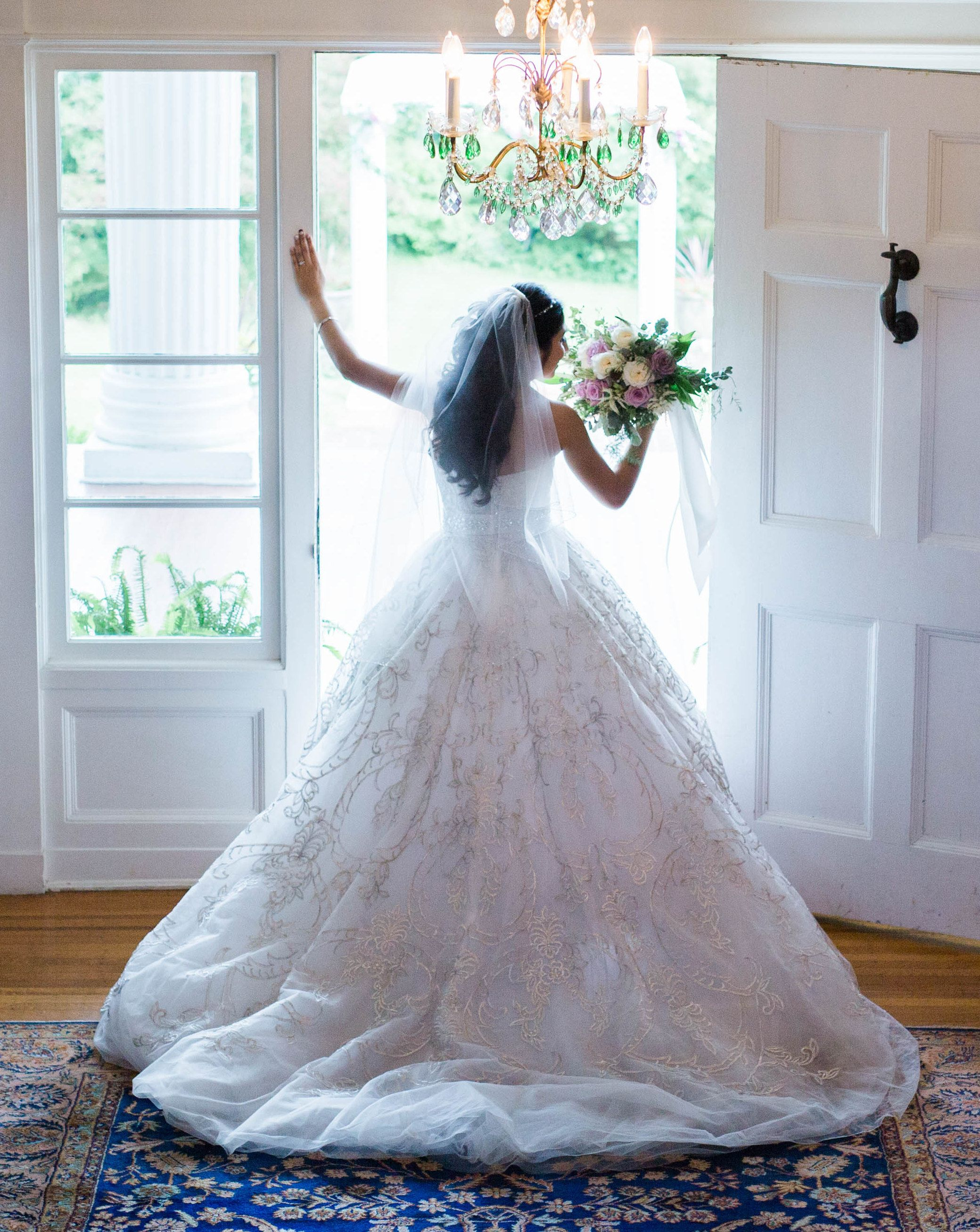 Stunning Wedding Dress with intricate detail -- Historic Rosemont ...
