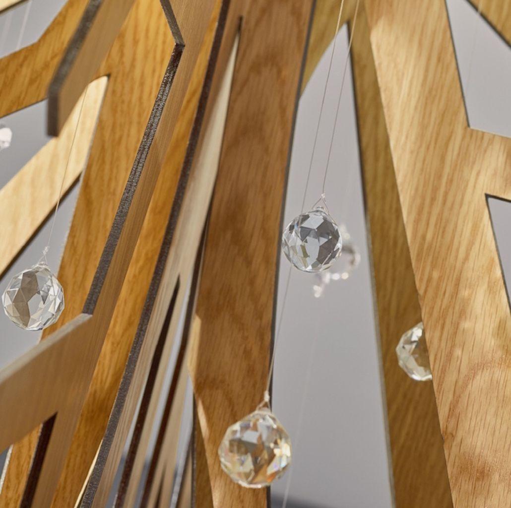 Candeeiro de Tecto >> Embondeiro #branding #candeeiro #wood #styling #homedecor #decor #design #luxury #cristal #light #details #interiors #interiordesign