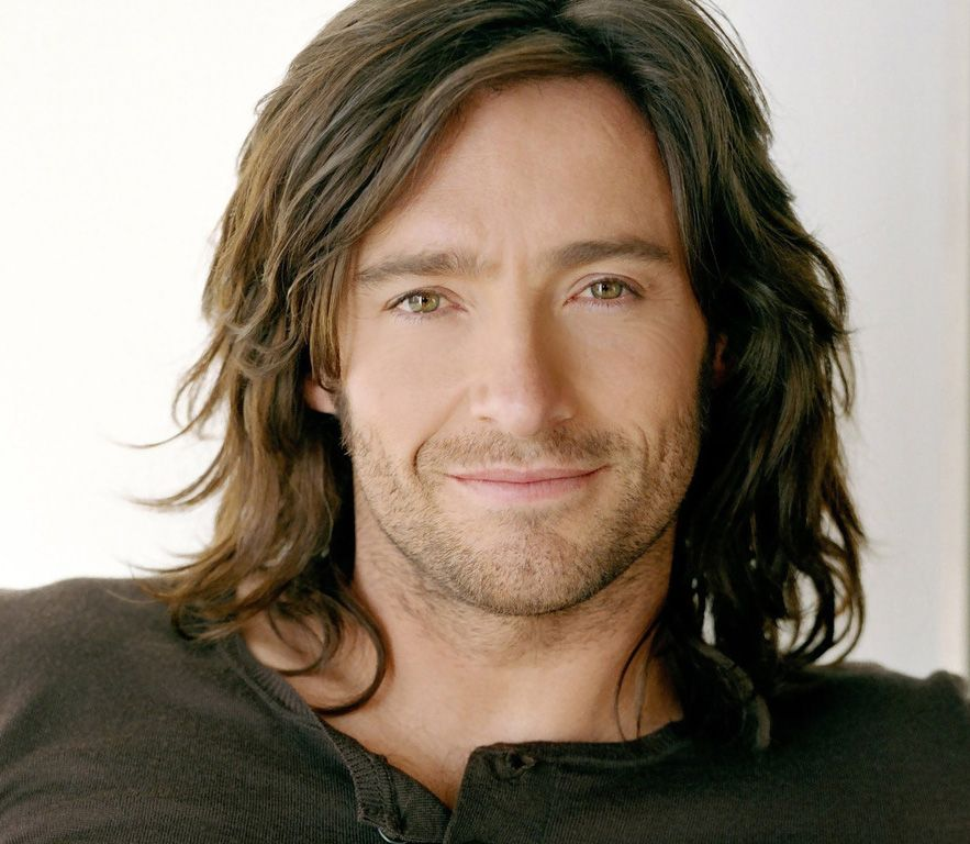 Now, i'm not one for men with long hair.. but,Hugh Jackman. So Handsome... *_*