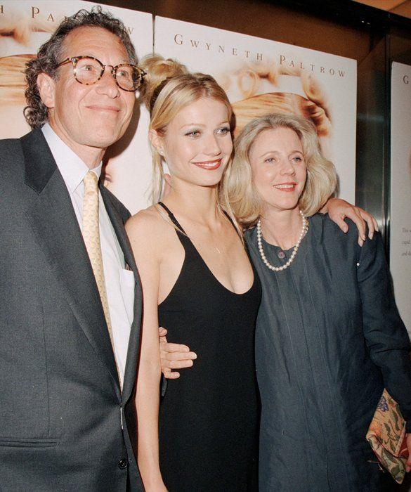 Celeb Moms Through the Years | Bruce paltrow, Gwyneth ...