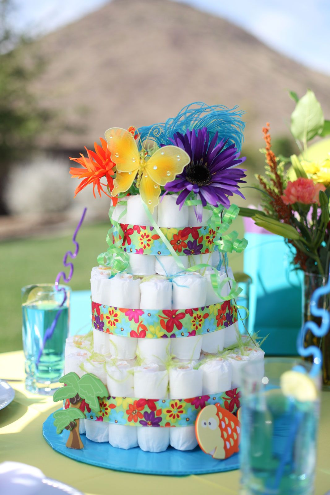 Hawaiian-Themed Baby Diaper Cake Instructions & Pictures |Hawaiian Diaper Cake