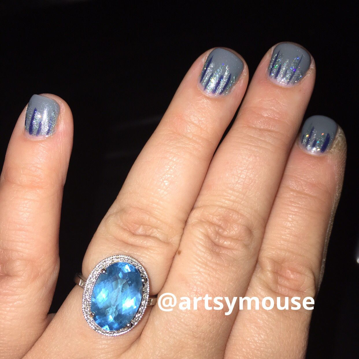 Frozen nails. Winter nails. Blue nails. Icicle nails. Frosted nails. Glittery nails.