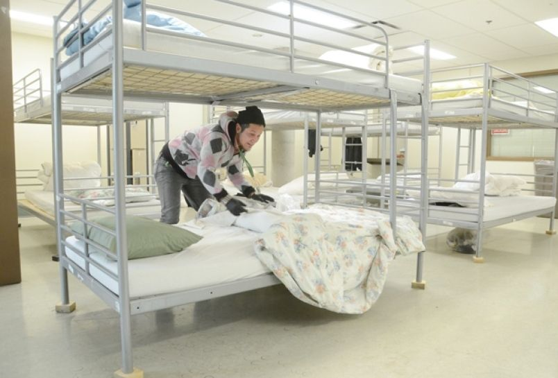 Homeless Shelters Bedrooms Google Search Homeless Shelter Homeless Bedroom