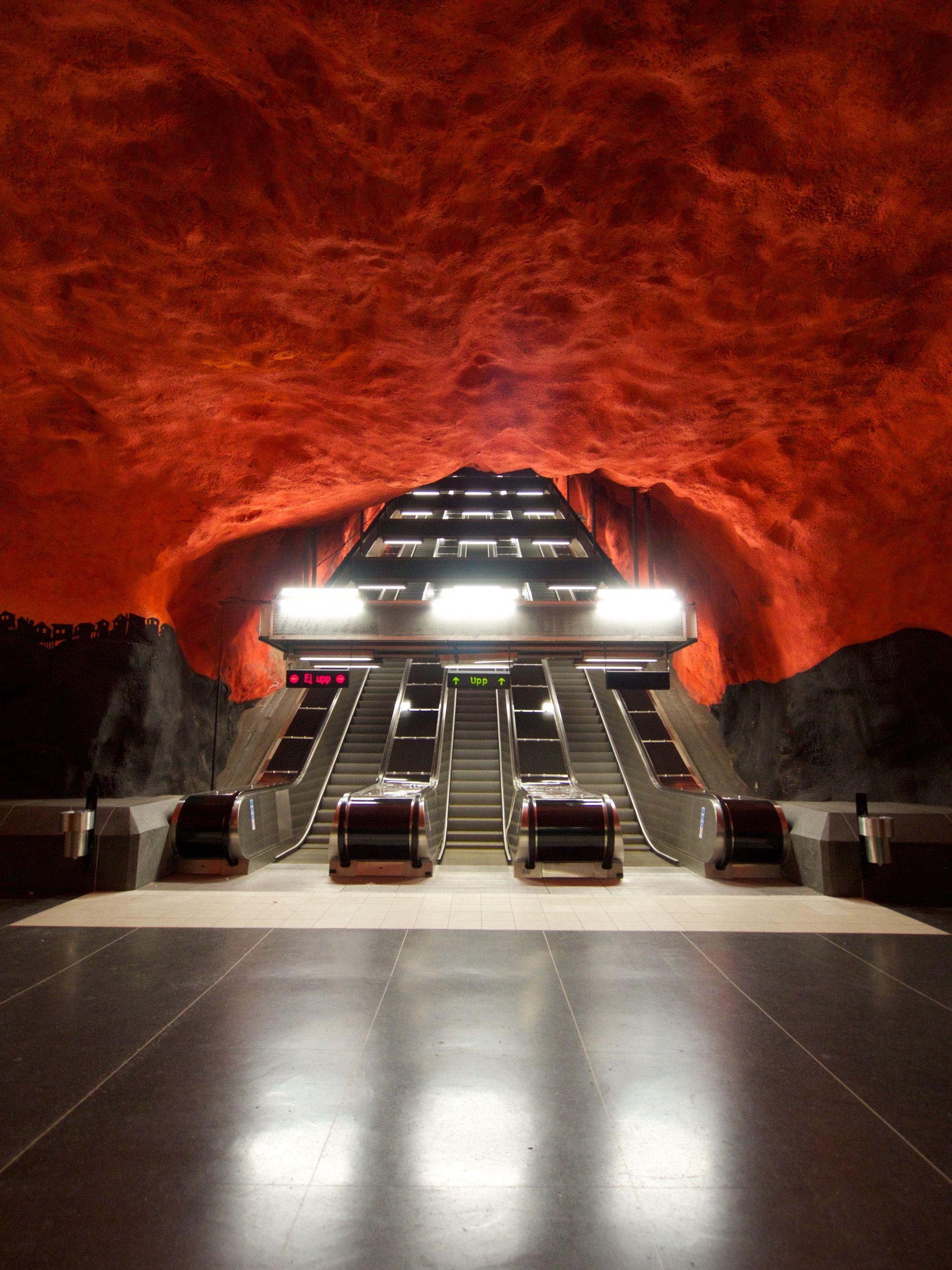 stockholm metro, art gallery- sweden