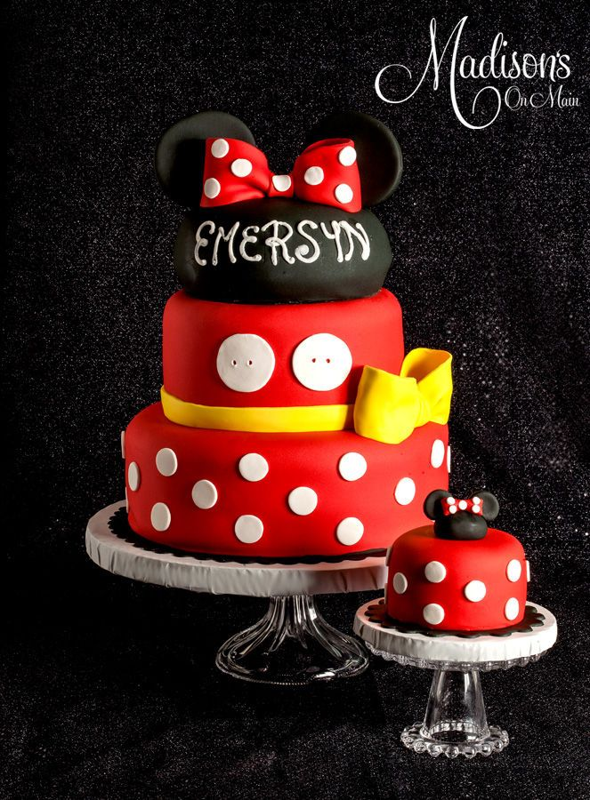 Minnie Mousse Cake This Should Say Abbywhere Are My Photoshop Skills When I Need Them