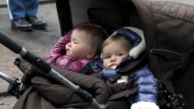 Josephine Og Vincents Fond Uddeler Legater Billeder Tvillinger Prinsesse