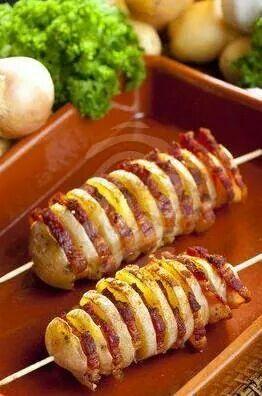 brochette pomme de terre bacon cuite au barbecue plus. Black Bedroom Furniture Sets. Home Design Ideas