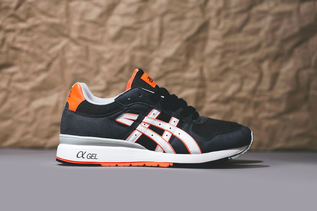 asics orange black