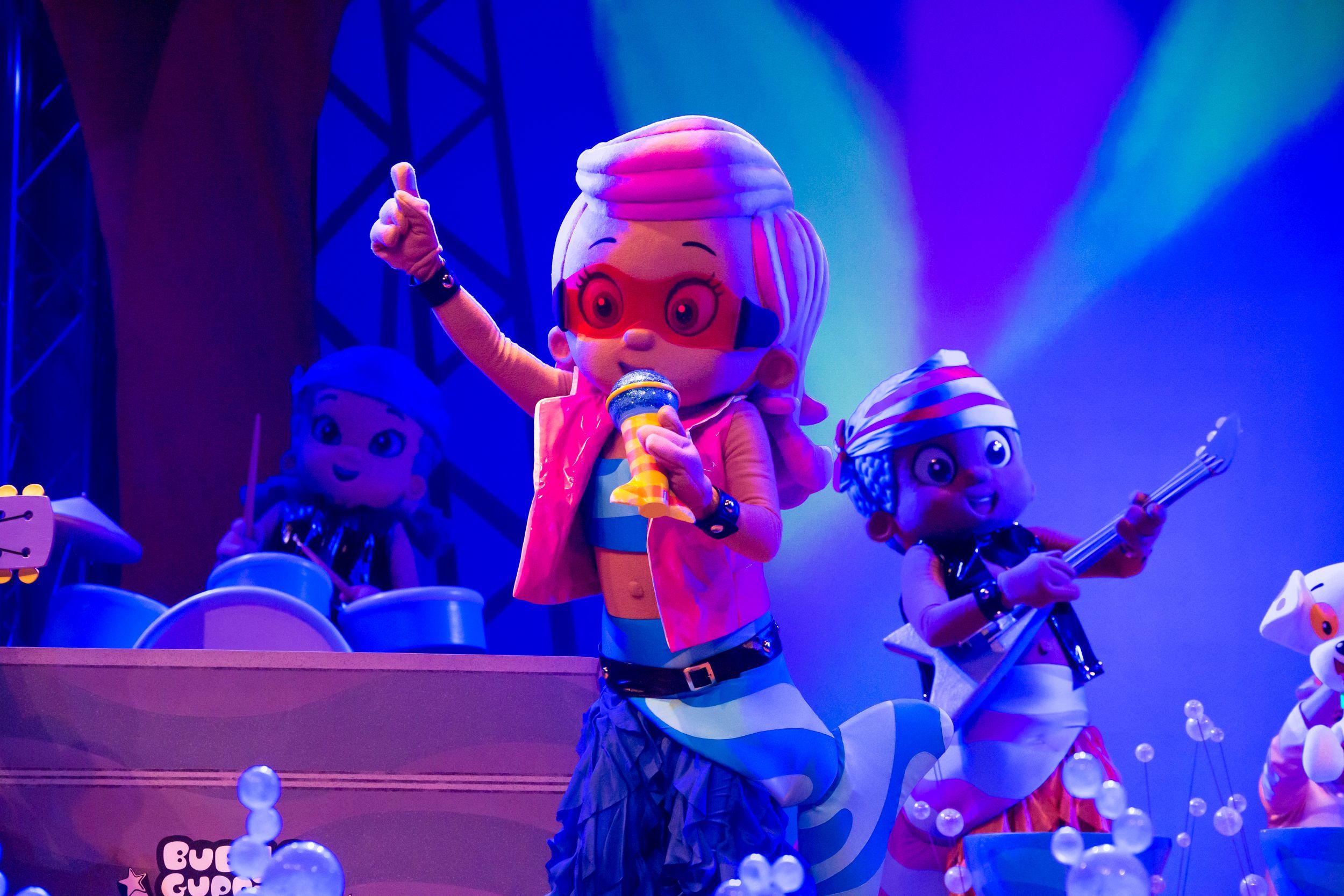 molly is a rock star bubbleguppieslive bubbleguppies