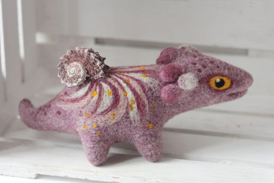 Felt Dragons By Russian Artist Alena Bobrova #feltdragon Felt Dragons By Russian Artist Alena Bobrova
