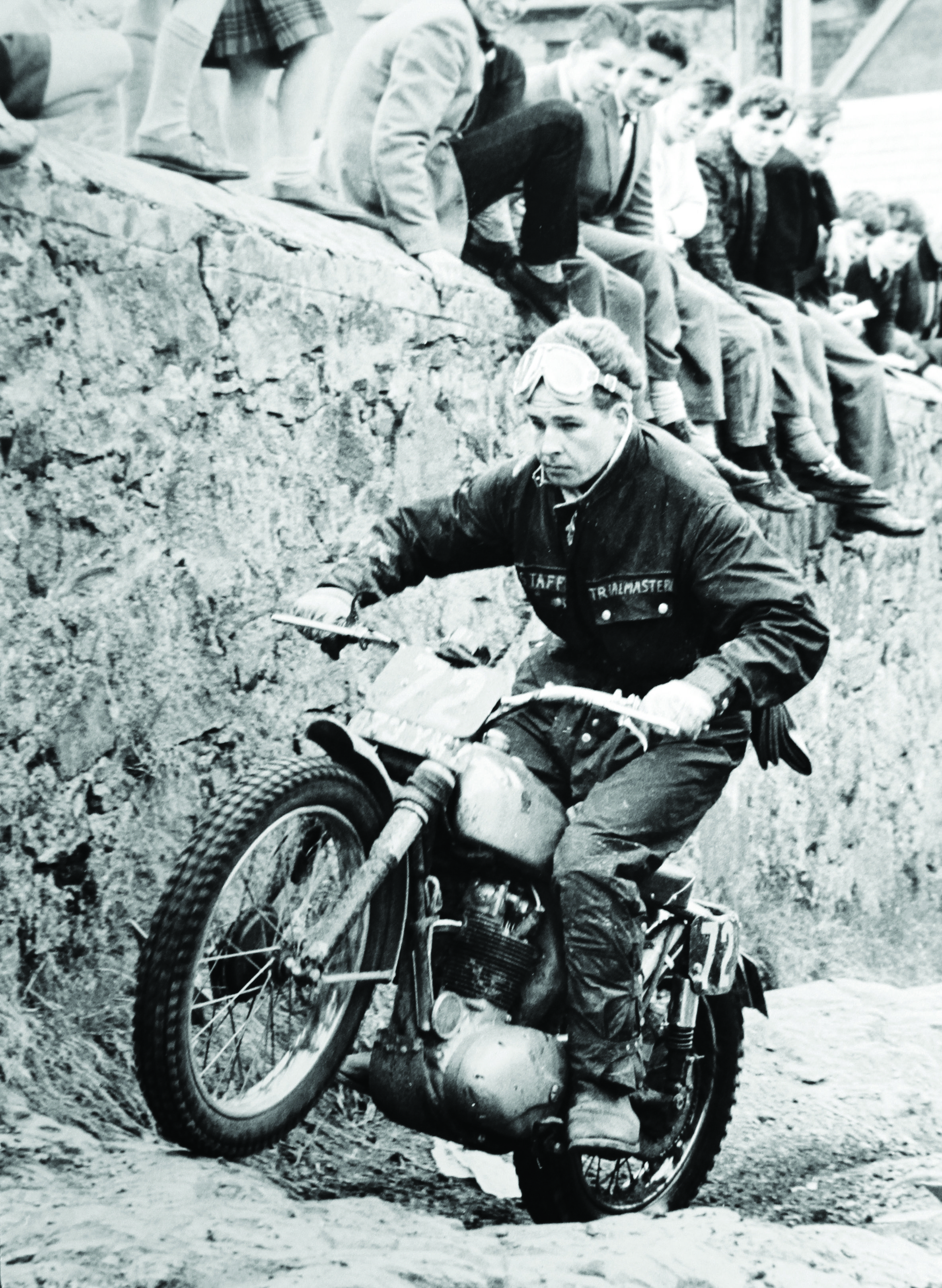 1960: Moto racer John Lee competes in the Scottish Six ...