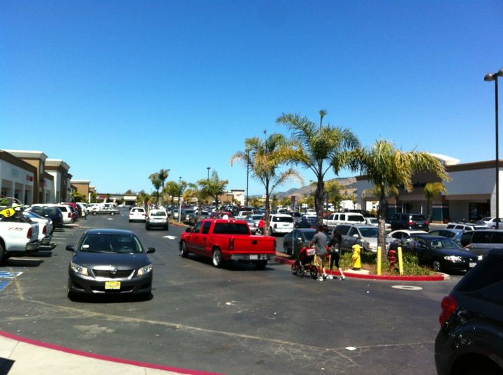 Pismo Beach Premium Outlets In