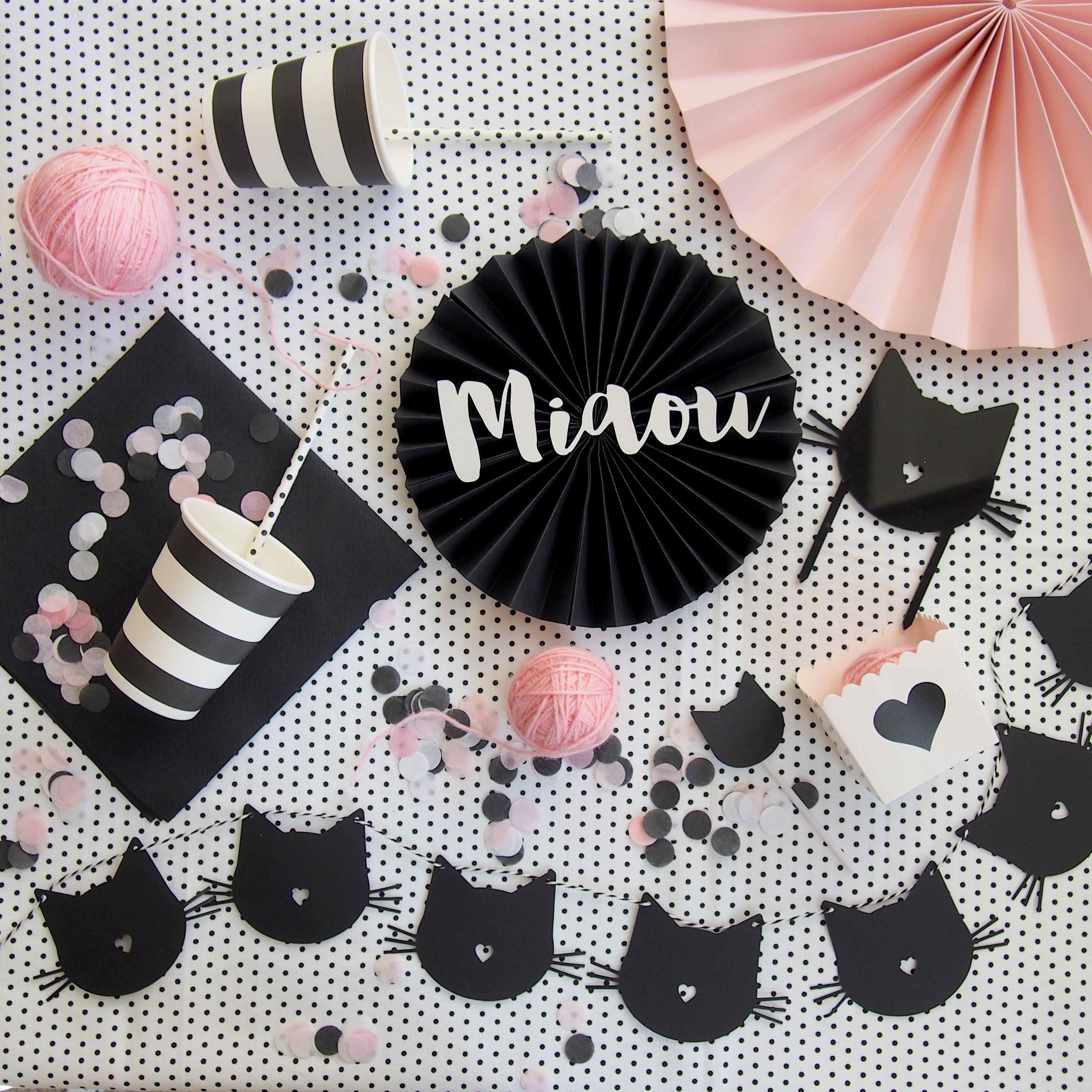 vaisselle et accessoires de d coration pour une sweet table sur le th me des chats retrouver. Black Bedroom Furniture Sets. Home Design Ideas