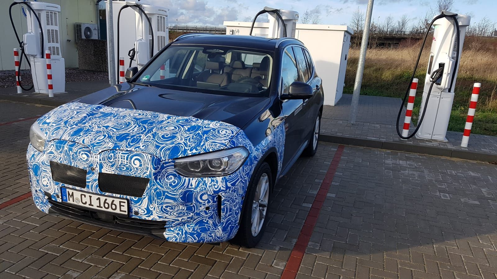 Spied 2020 Bmw Ix3 Spotted First Look At The Interior Design Bmw Bmw Concept Bmw I