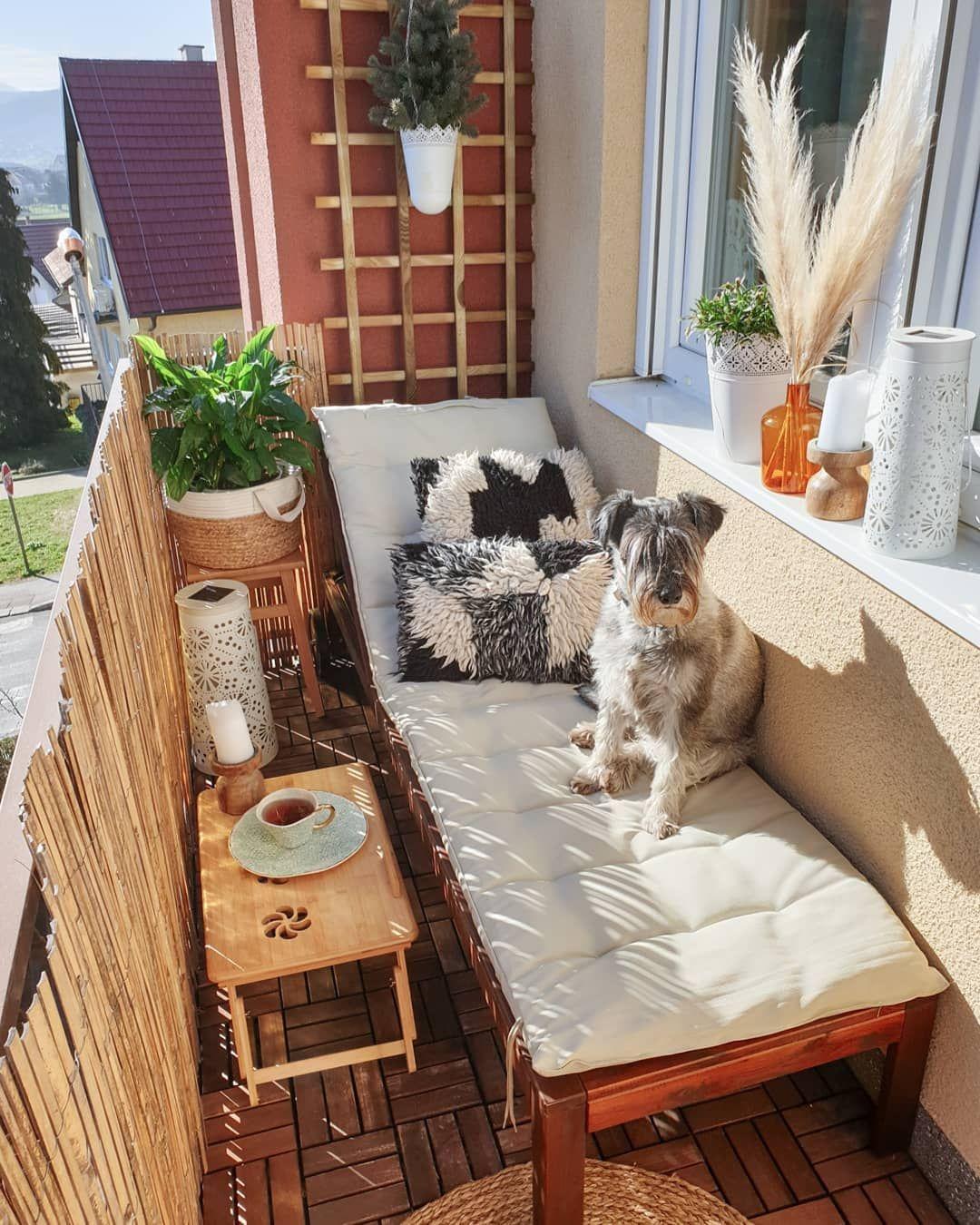 21 Cozy and Stylish Small Balcony Design Ideas #smallbalconydecor