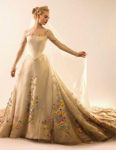hilary blonde: el vestido de novia de la cenicienta ha sido
