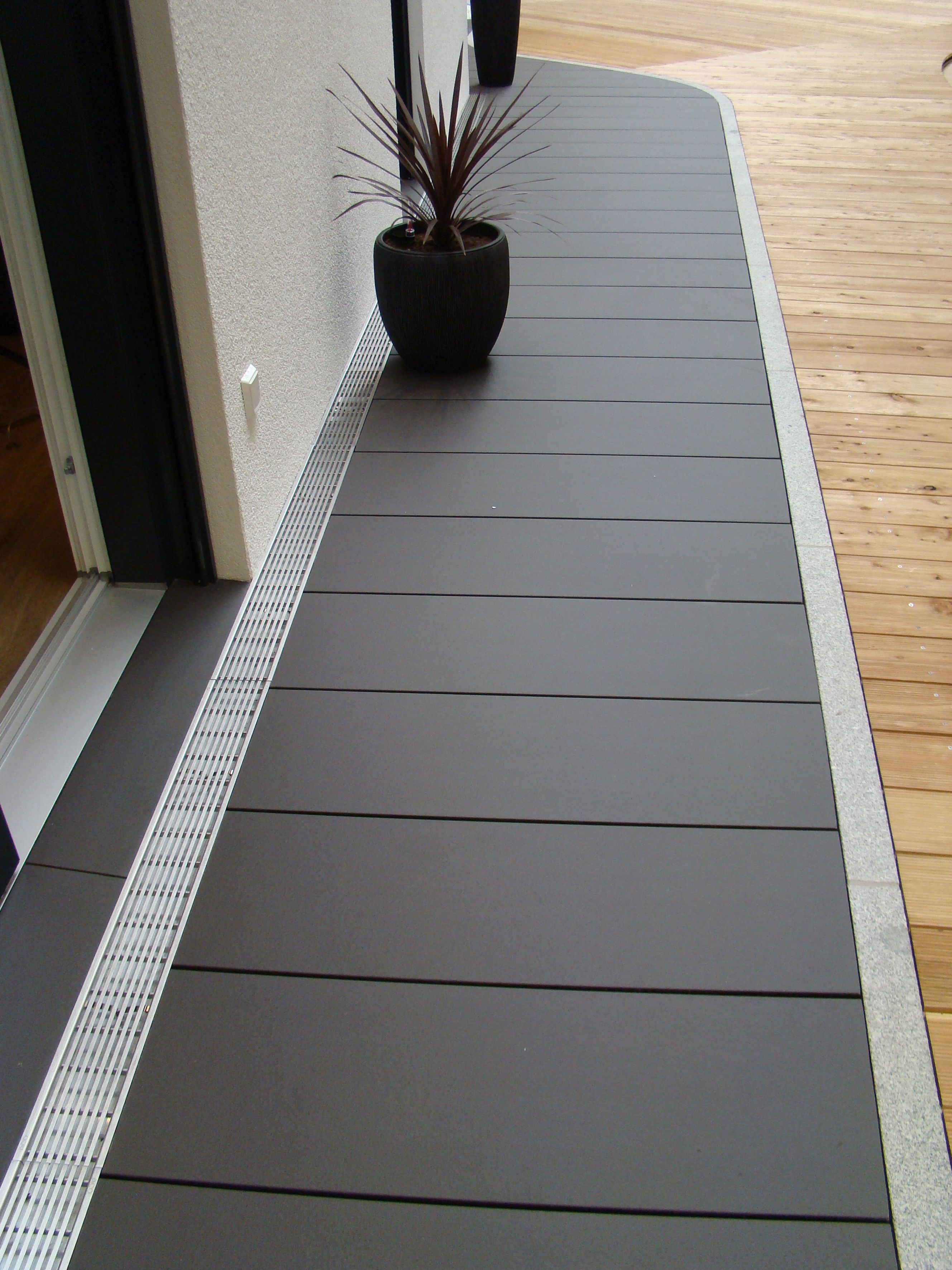 Photo of Terrace tiles made of ceramic – durable and colourfast