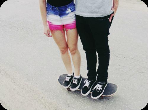 boy and girl skateboarding | skate skateboarding girl skateboarding boy boy cute love