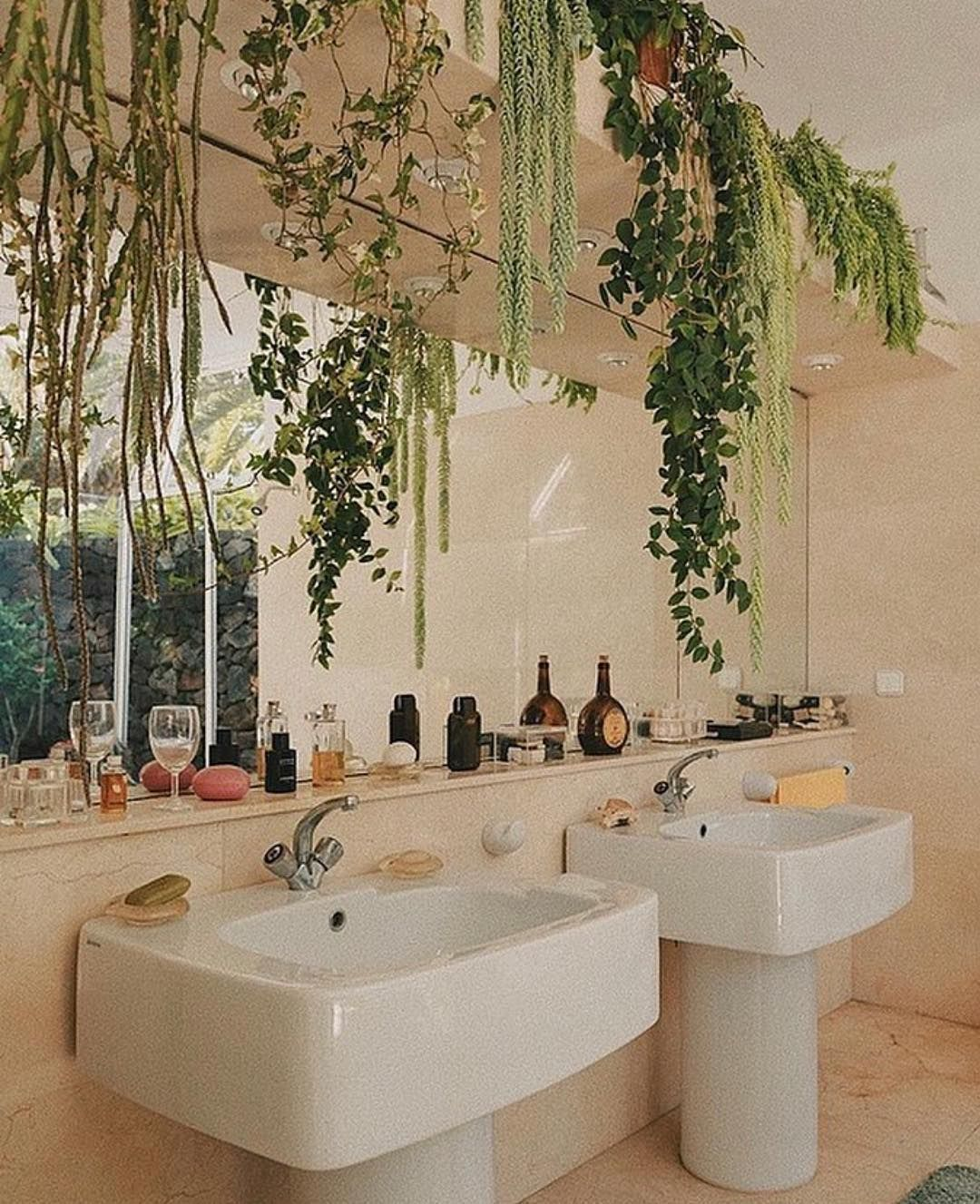 5 Amazing Design Companies In The Middle East Best Interior Designers Vintage Interiors Retro Interior Design