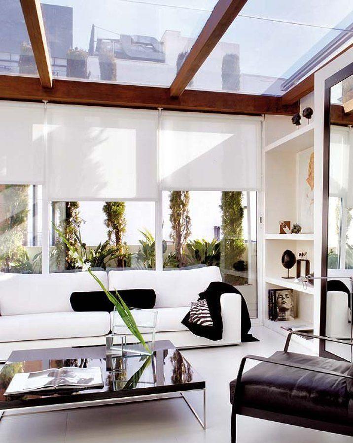 Quieres más luz natural en tu casa? Los techos transparentes tienen