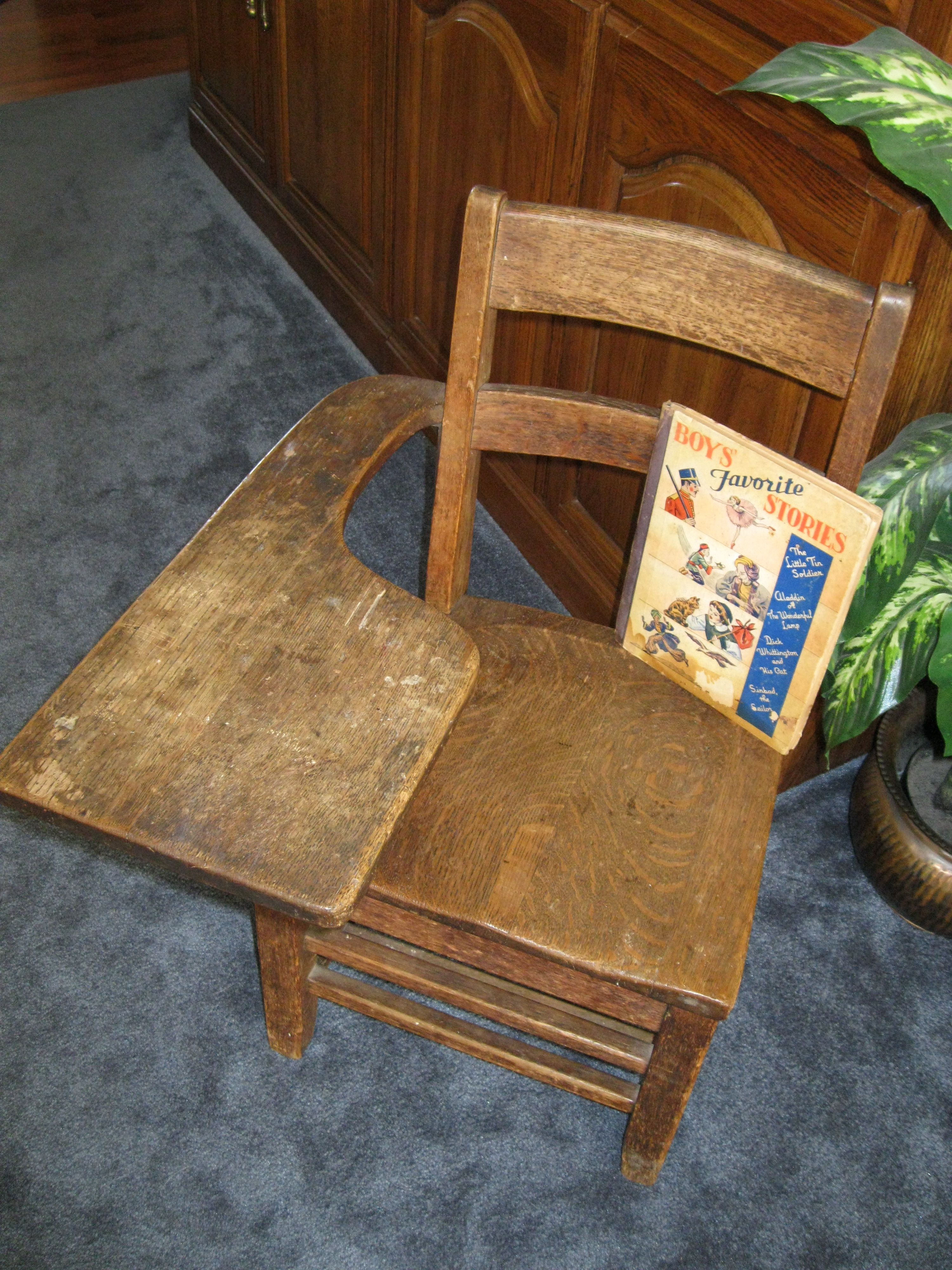 Pleasing Old School Desk Was Told 1940S Circa Book Was Just Short Links Chair Design For Home Short Linksinfo