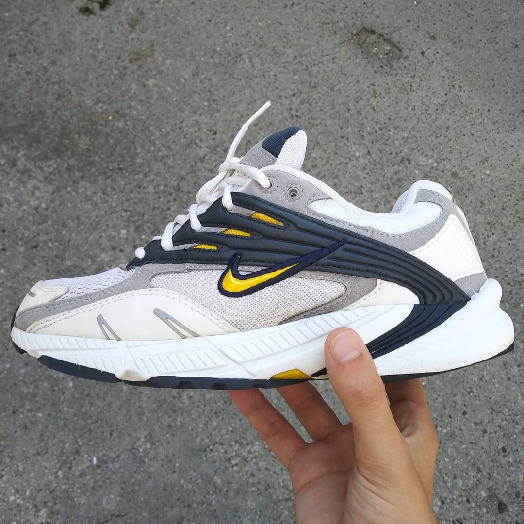 9c16b80ea77a 🚷sold vendu🚷 - Nike Air Structure Triax 2003 size Vintage Sneakers
