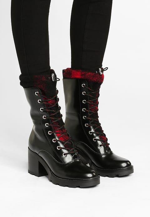 CHAUSSURES - Chaussures à lacetsSigerson Morrison aXLAXoVa