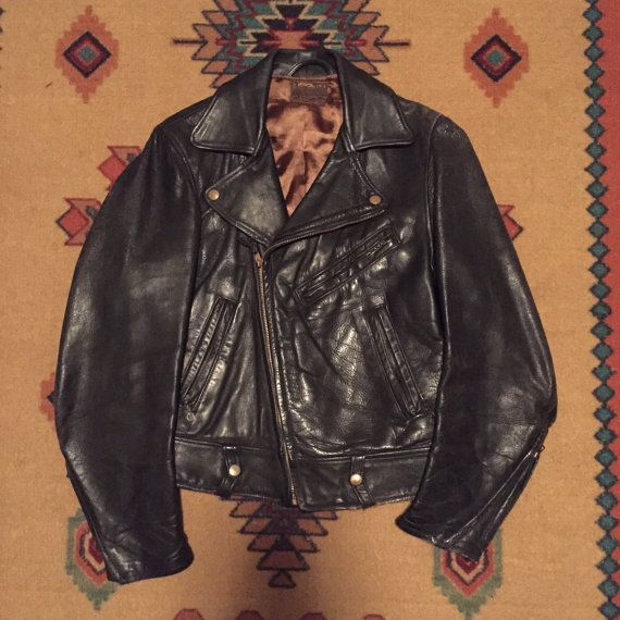 bc566fbd955 1950s Taubers of California Horsehide Leather Motorcycle Jacket Size 36 38  CHP