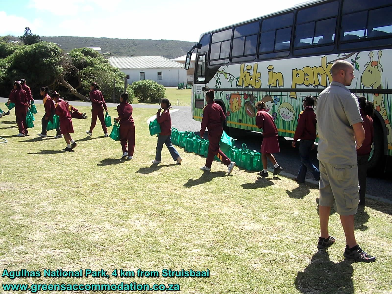The Kids in Parks Programme provides a unique opportunity for learners and their educators to visit a national park and learn a lot about natural and cultural heritage. Agulhas National Park is 4 km from our self-catering houses in Struisbaai, Western Cape.