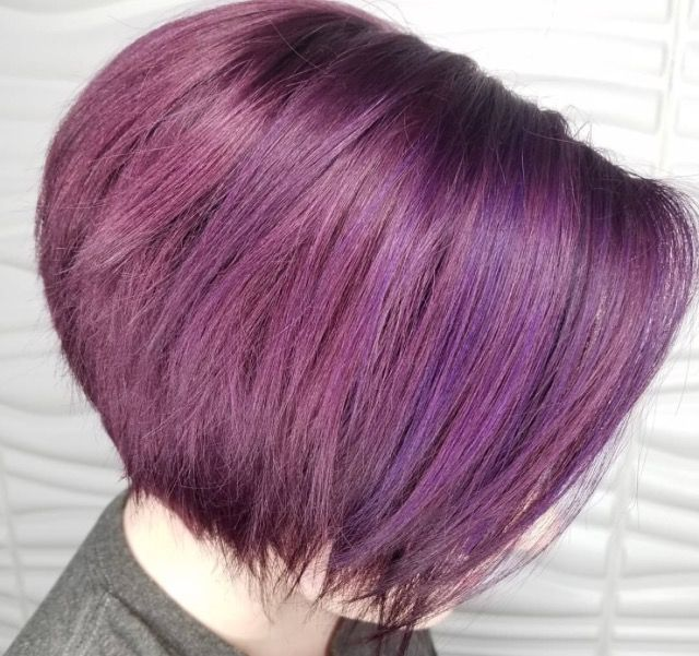 amhairrrPurple overlay perfection! She had a faded out red (professional color)  Prep few high lights to add dimension. Then thank you @pulpriothair for my paint 😚 #AMBERclipsdyesyahair #reignsalonandspa #unite_hair #pulpriothair #757hairstylist #purplehair #letspaint