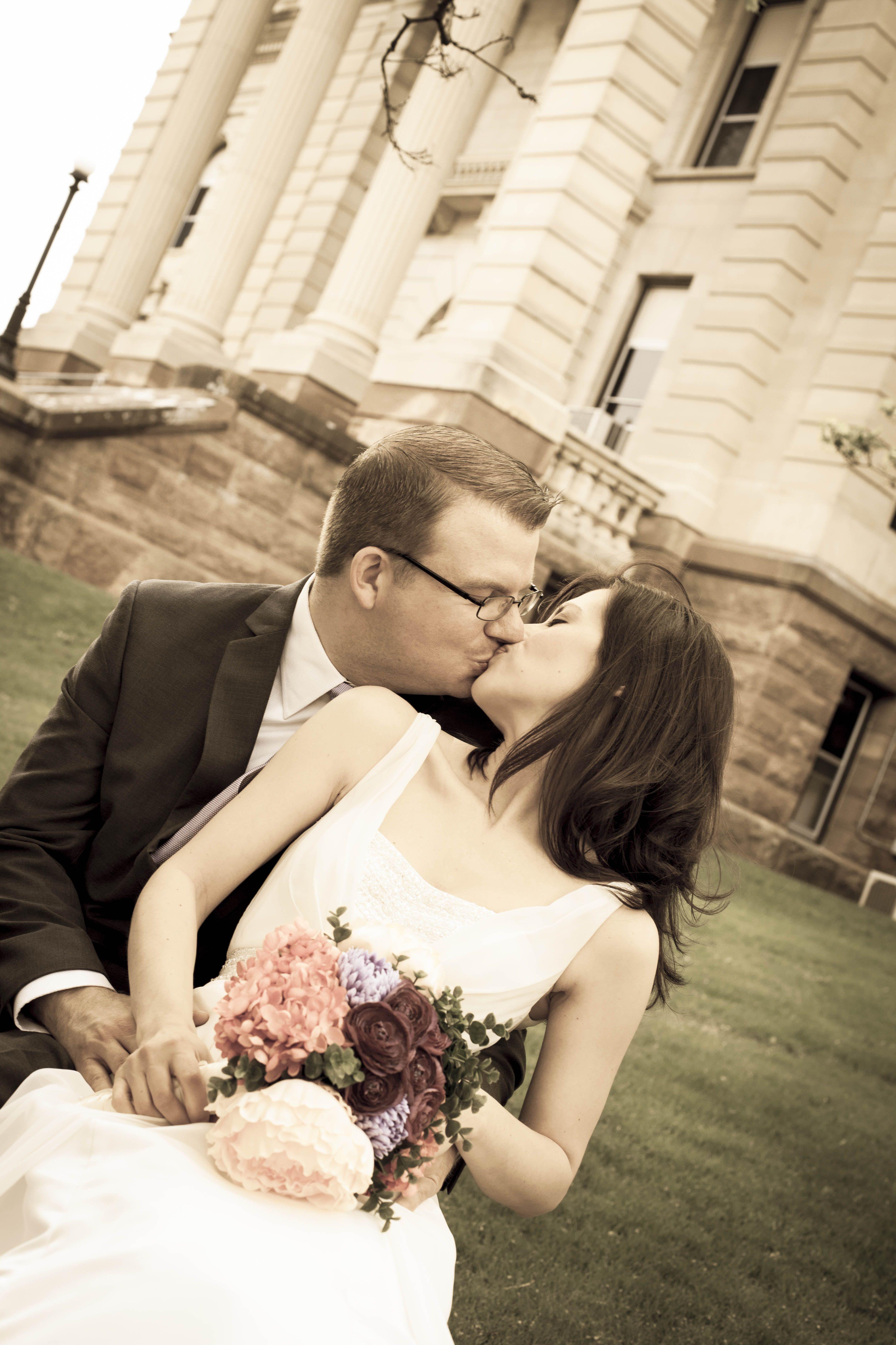 Decorah Iowa, Courthouse Wedding, Civil Ceremony, Photography by ...