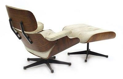 Charles et Ray EAMES FAUTEUIL LOUNGE ET SON REPOSEPIEDS