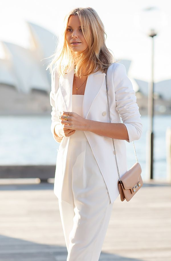 837812cfb5e 15+Super+Chic+All-White+Outfits+To+Copy+This+Summer+via+ WhoWhatWear