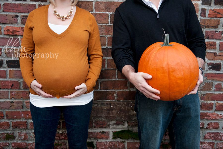 """His and her """"pumpkins"""" :) #maternity"""