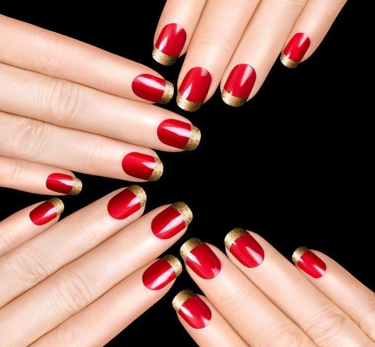 Déco ongles pour la soirée de Nouvel An en 46 images